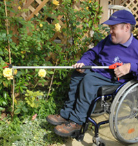 Pruning for disabled people pruning for disabled gardeners for Gardening tools for disabled
