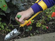 Weeding For Disabled People Weeding For Disabled Gardeners Weeding Tools For Disabled People