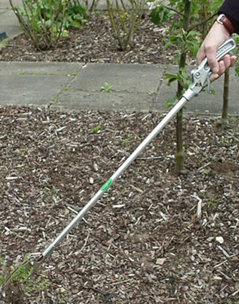 Gripping Weed Puller Baronet Weedpuller A Wright Son Recommended By Thrive For Disabled